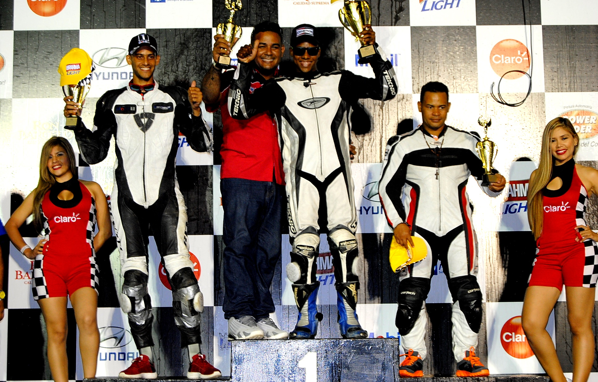 Podium Super Bike